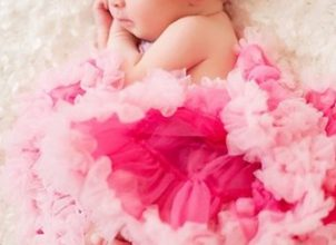 Şimdi moda yeni doğan bebek fotoğrafçılığı